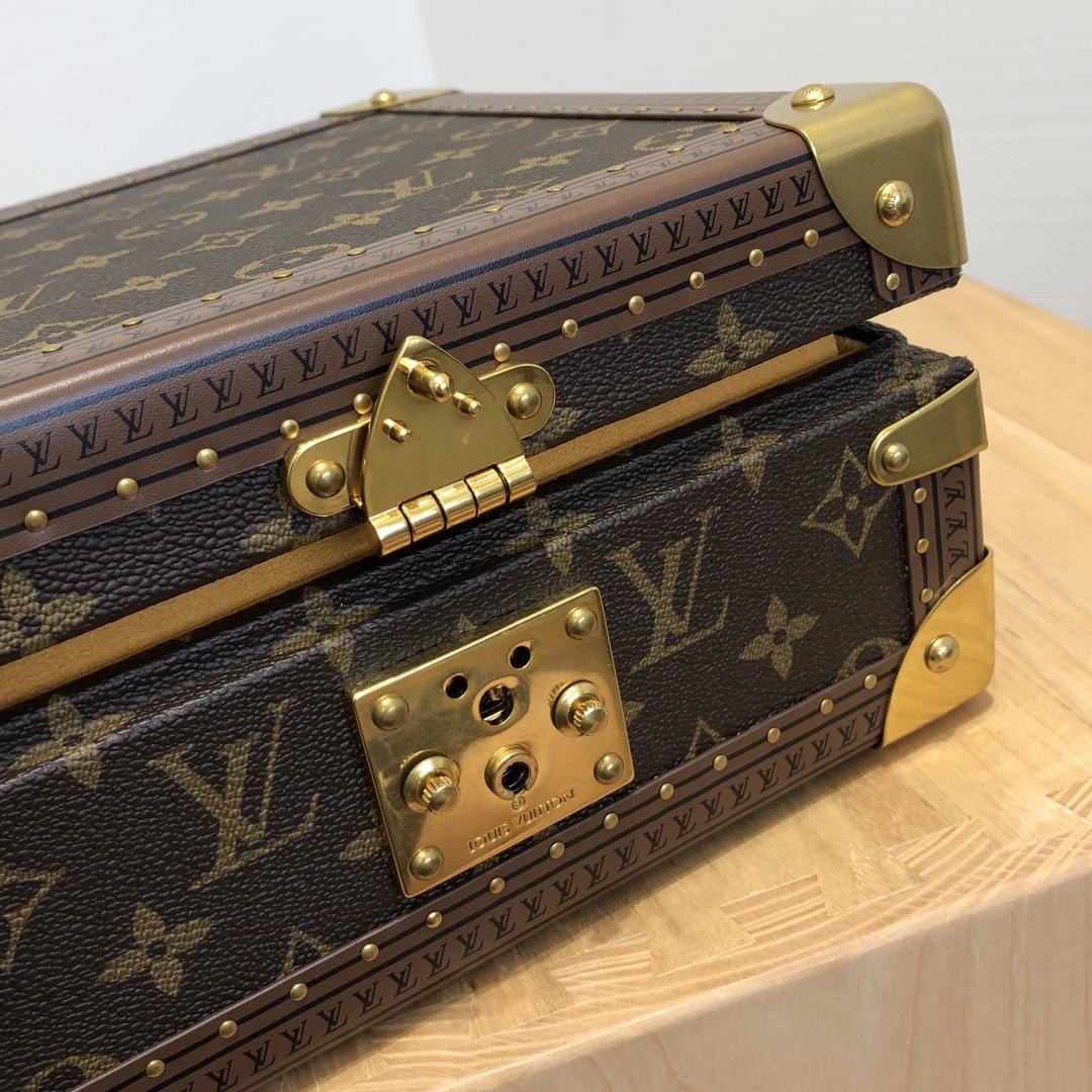 【¥2250】【饰品盒】[zp完美复刻] 珠宝饰品箱 专柜私人订制 全铜五金打造 24×24×12cm40667