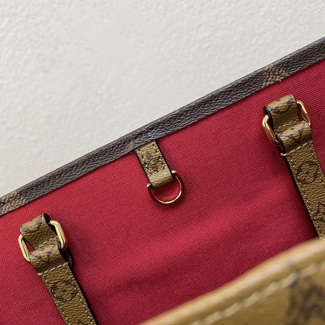 【¥1020/980】【大花购物袋】[大号] 上班族tote推荐: onthego购物袋,大气!实用! 大:32×41×6cm 44412 小:26×34×12cm 44418
